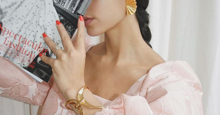 The 16 Prettiest Nail Colors We Keep Seeing on the Fashion Set