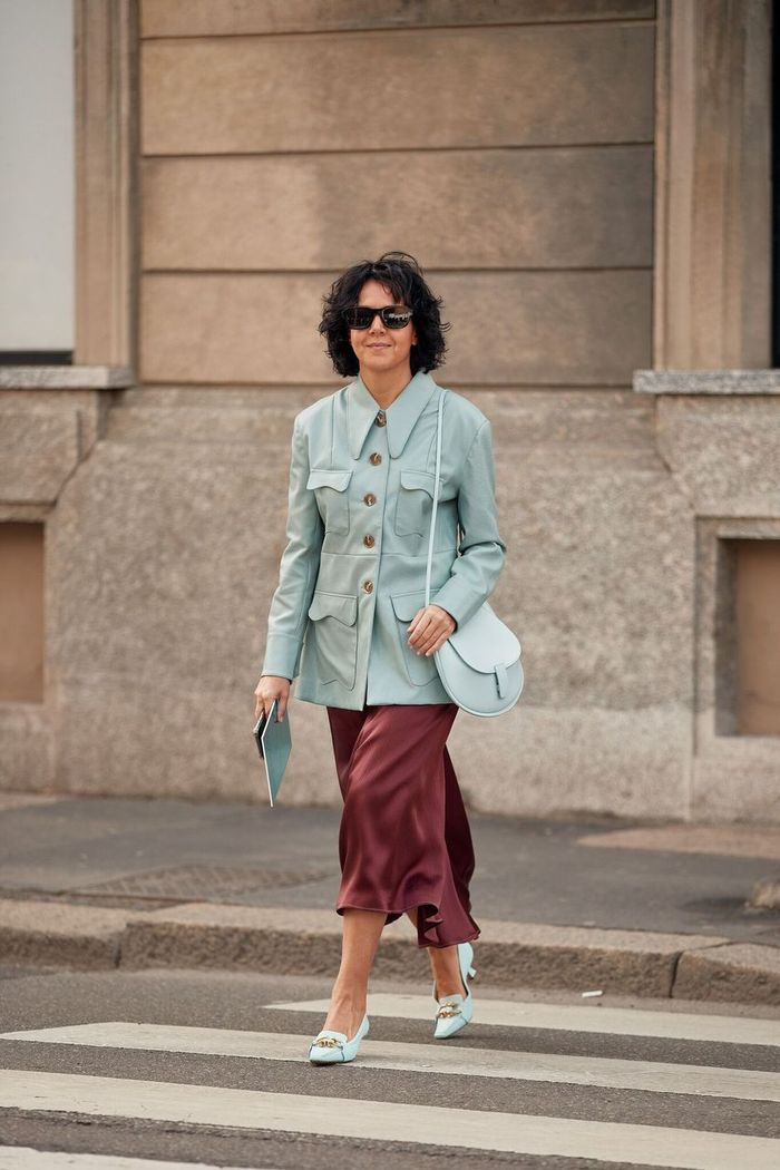 Street Style Colour Trends 2020: Blue and burgundy