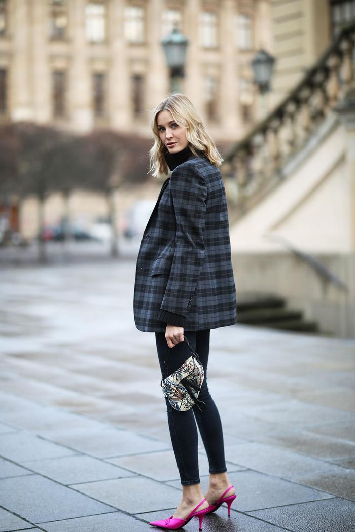 How to wear a blazer and skinny jeans