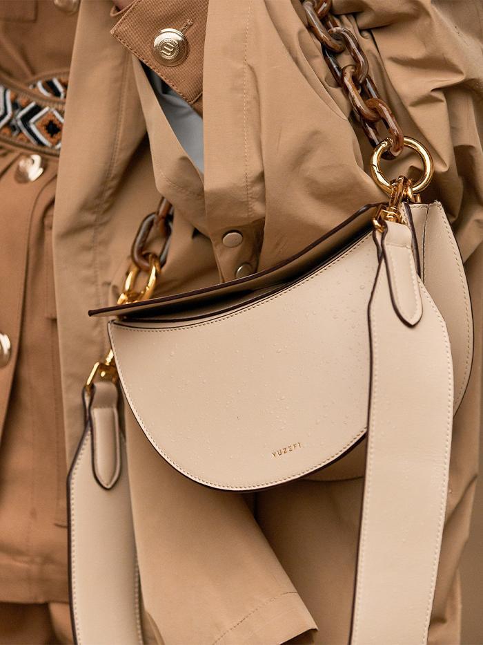 Fashion Week Street Style: Yuzefi Dip Shoulder Bag