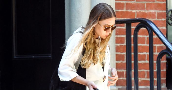 """The Olsen Twin–Approved """"Ugly"""" Shoe That Everyone's Wearing"""