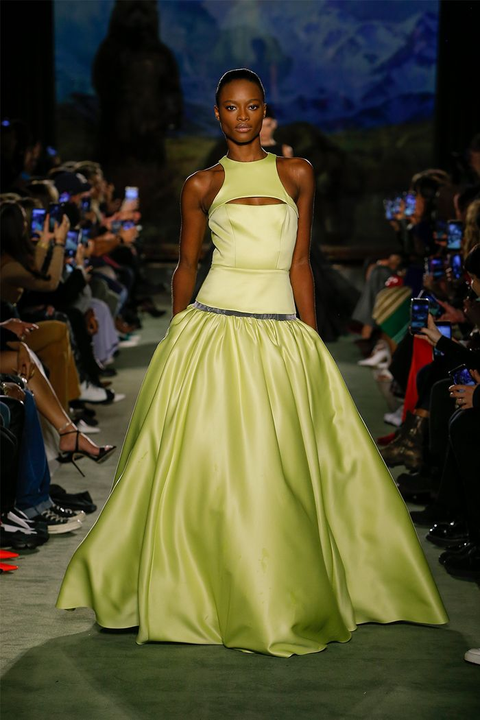 Cutout clothing trend: Brandon Maxwell runway