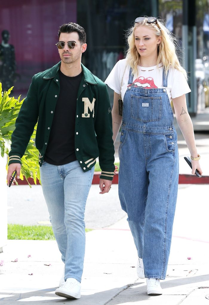 Sophie Turner's Pregnancy Outfits Include Denim Overalls