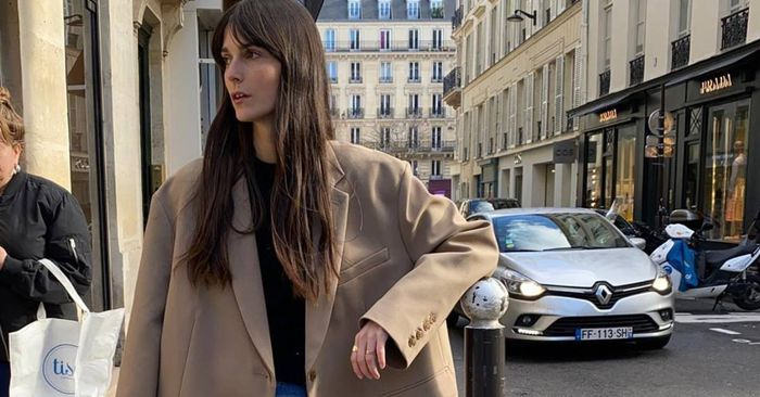 This Is the One Pair of Jeans French Women Are Wearing in 2020