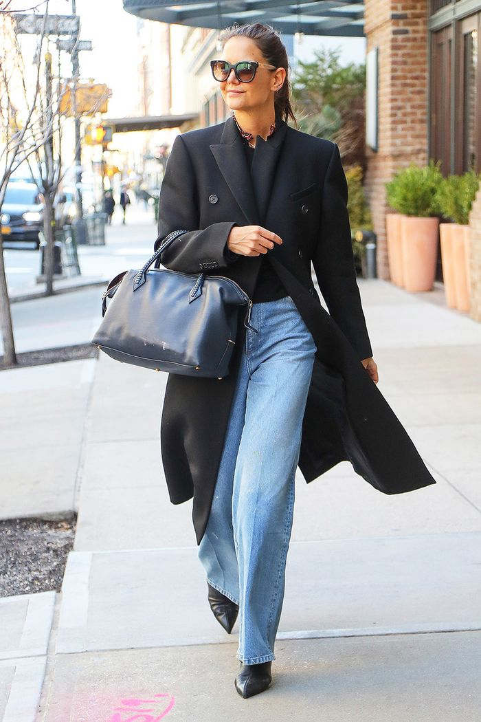 Katie Holmes baggy jeans