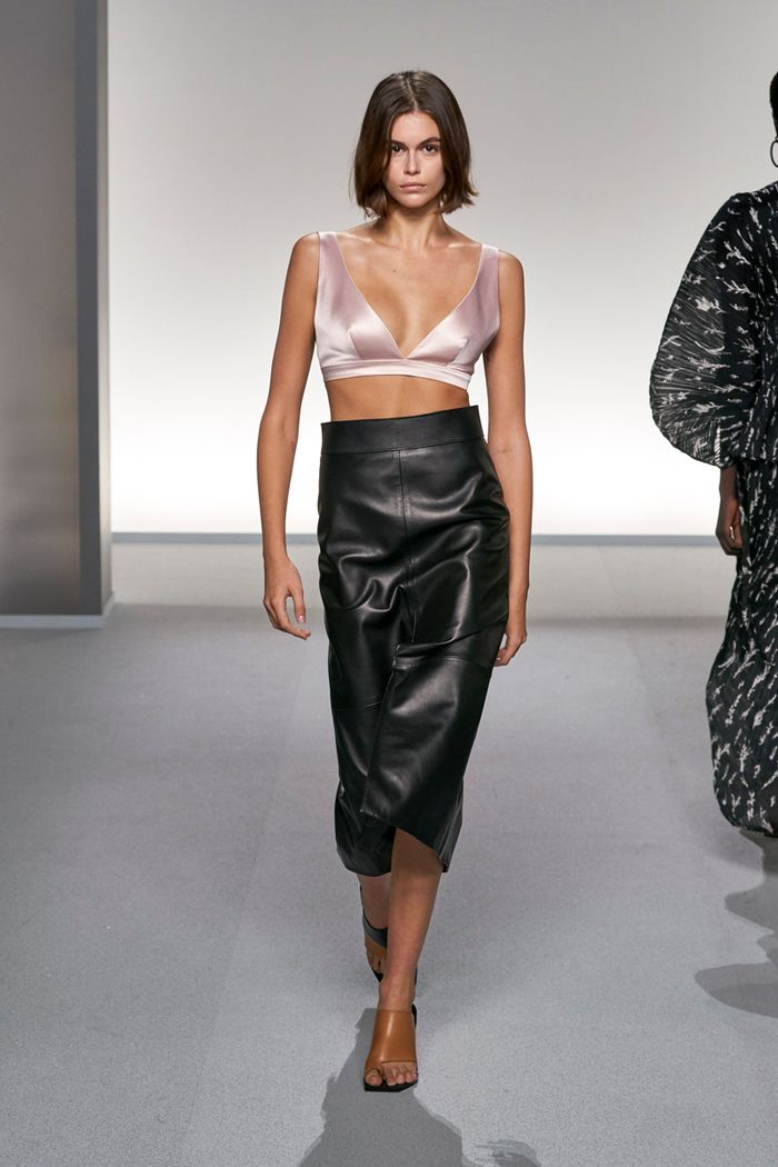 Exposed bra trend: Givenchy
