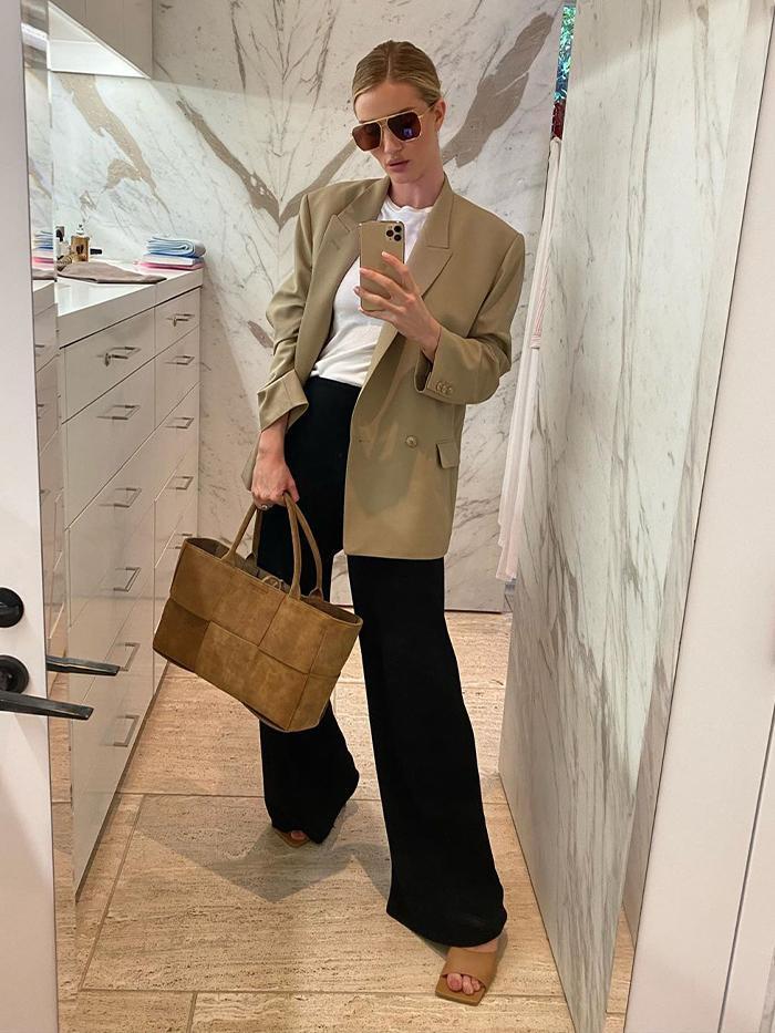 Rosie Huntington-Whiteley Style: Low Classic