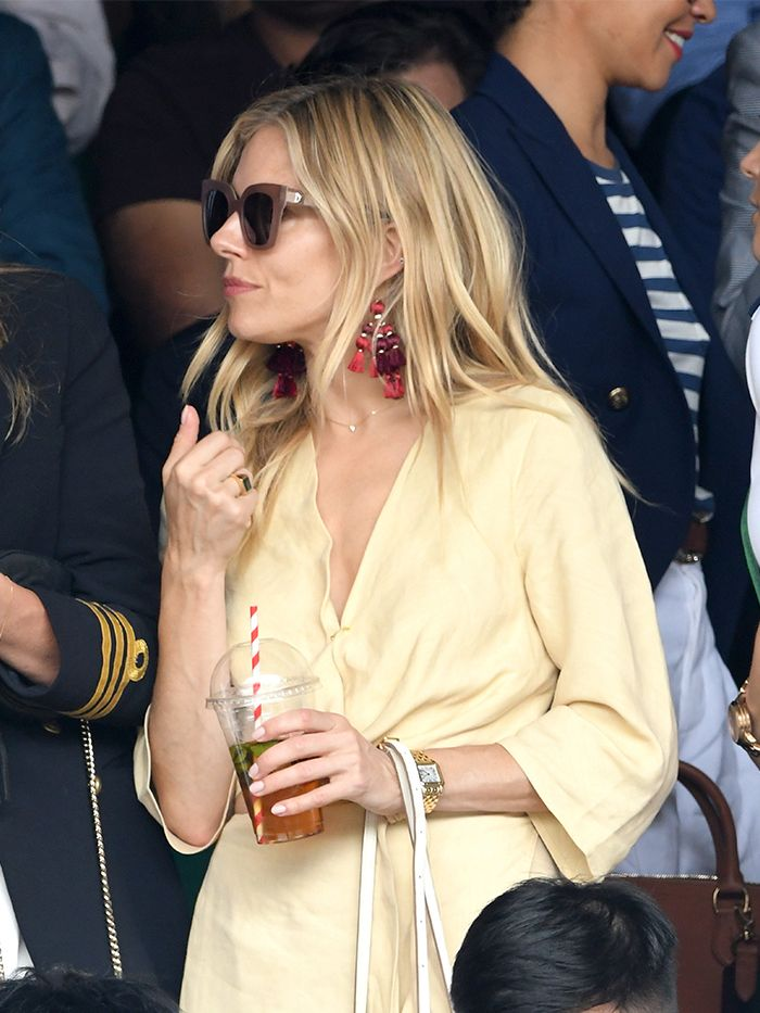 Celebrities wearing Cartier jewelry: Sienna Miller