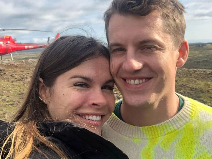 Glossier CEO Emily Weiss Debuts Her New Engagement Ring in a Makeup-Free Selfie
