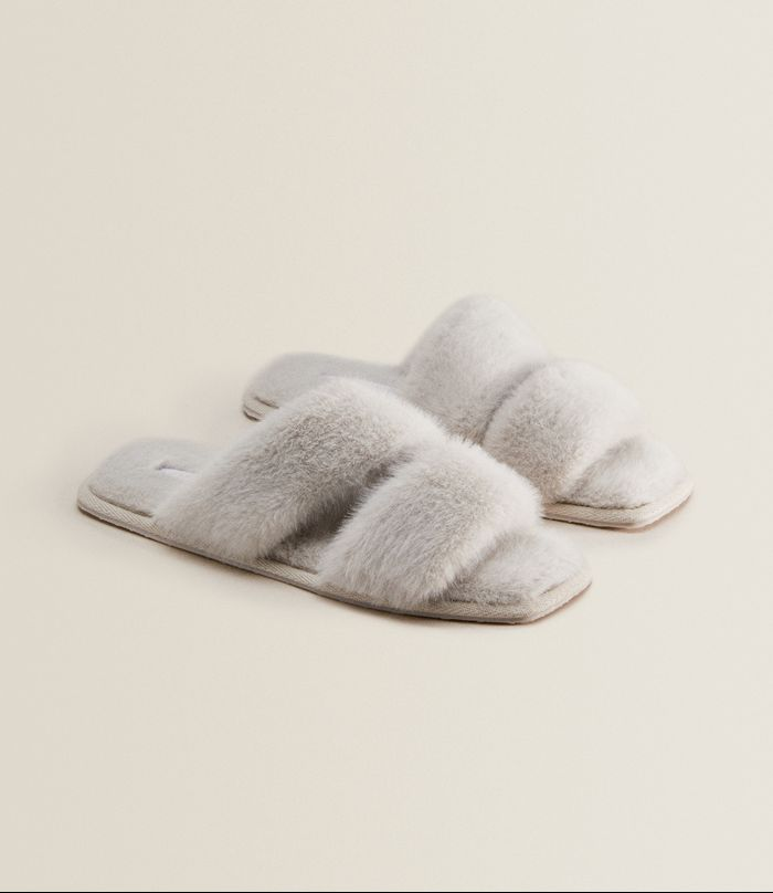 The 25 Best Slippers for Women That Are