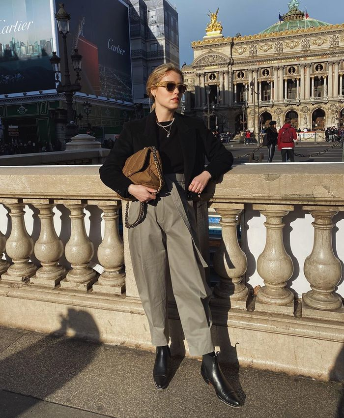 How to wear a cropped blazer with utility pants