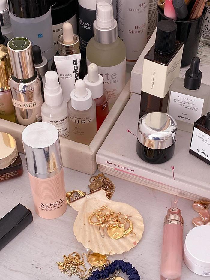 Niche Beauty Brands: @emmahoareau