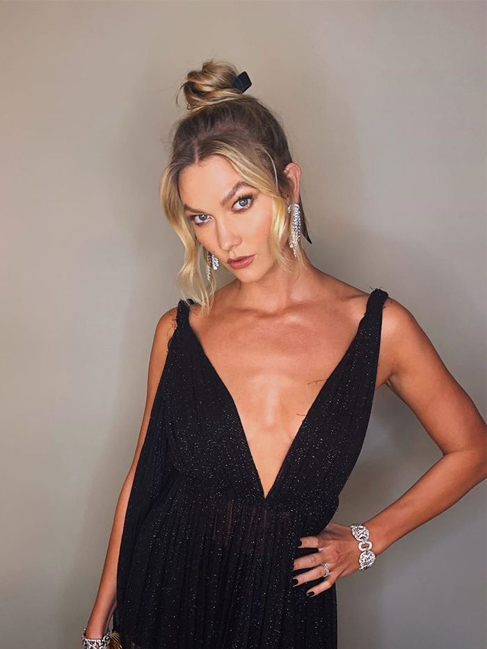 How to Style Grown-Out Roots: Karlie Kloss