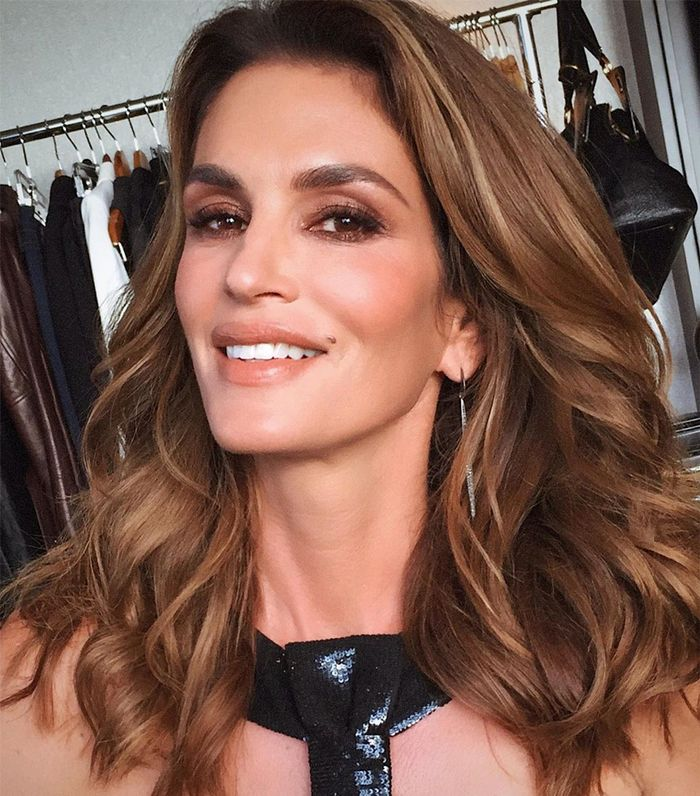 The BEst Caramel Hair Colors: Cindy Crawford