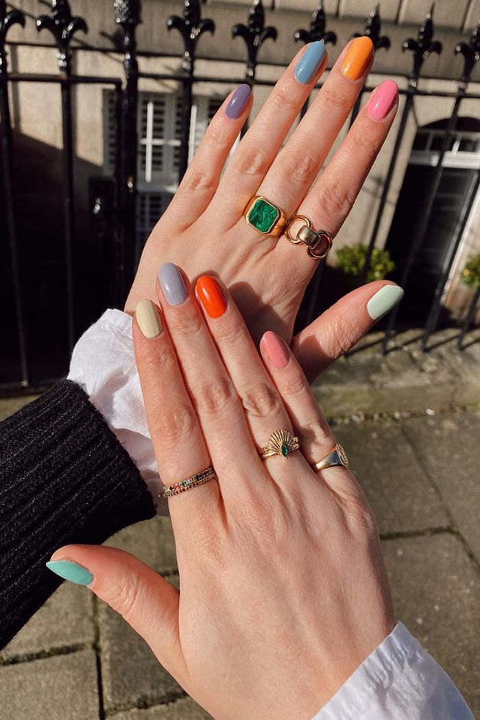 11 Mismatched Nail Color Combinations That Are So Chic Who What Wear