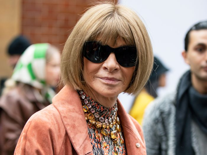 This Is How Anna Wintour Styles Sweatpants at Home