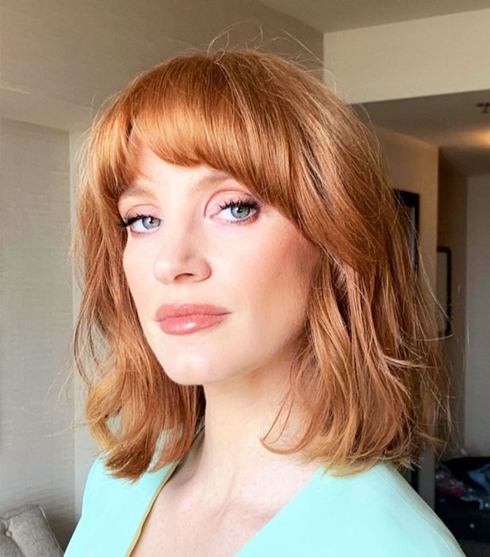 35 Shoulder Length Hairstyles And Cuts For Medium Hair Who What Wear