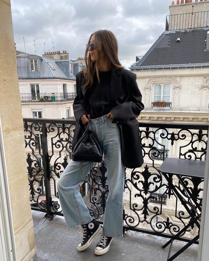 How to wear straight-leg jeans with a blazer