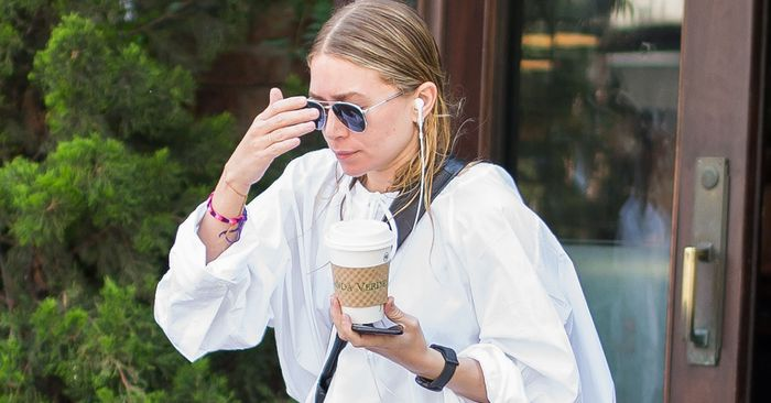 The Do's and Don'ts of Dressing Like Mary-Kate and Ashley Olsen at Home
