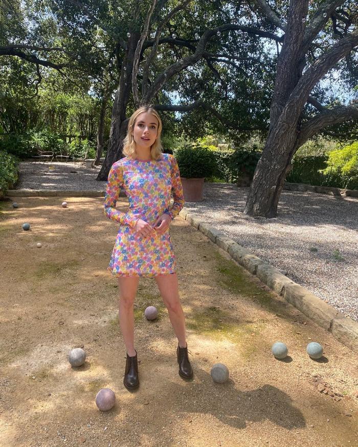Emma Roberts Delia's dress