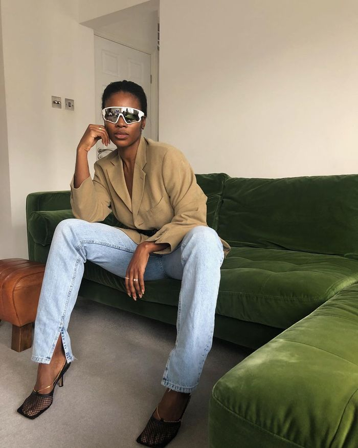 Summer Denim Trends 2020: split-hem jeans