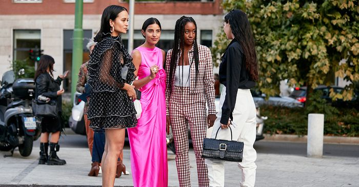 Every Fashion Girl Should Check Out This Digital Panel