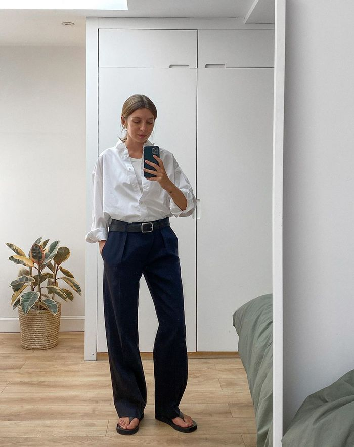 best summer trousers: white shirt and navy trousers
