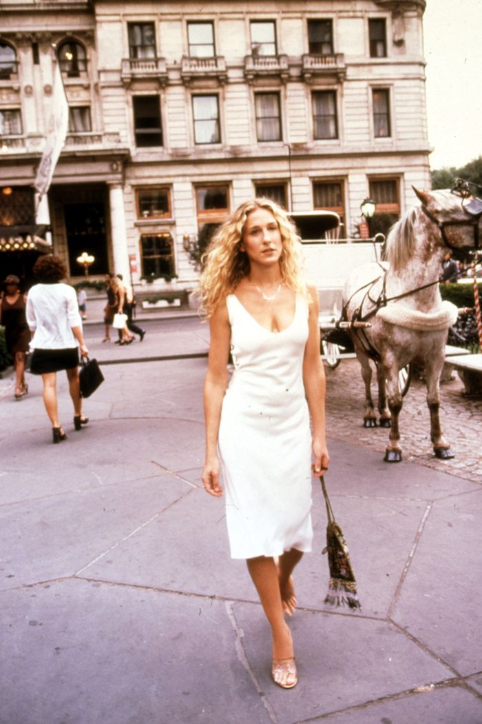 Summer Carrie Bradshaw Outfits