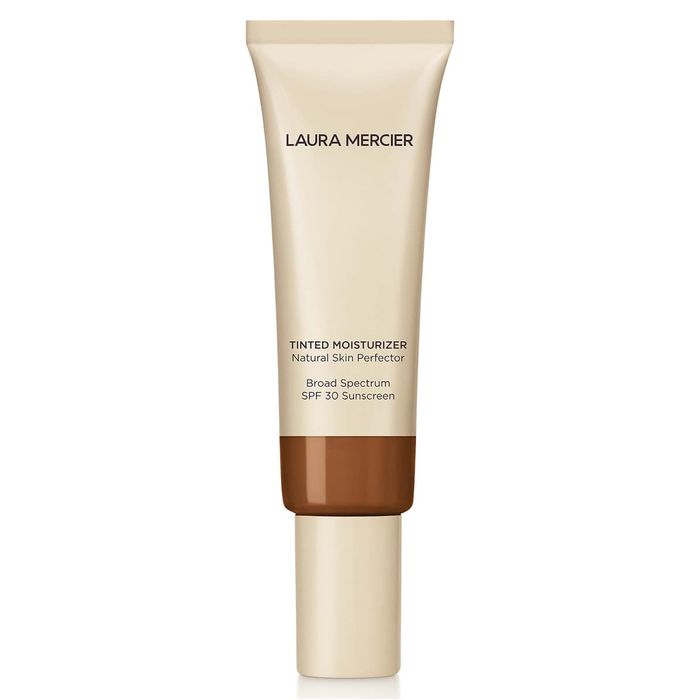 foto de The 9 Best Tinted Moisturizers for Mature Skin | Who What Wear
