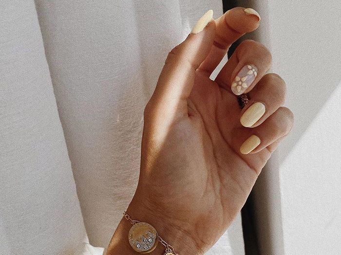 These Stick-On False Nails Are So Good They Rival a Salon Manicure