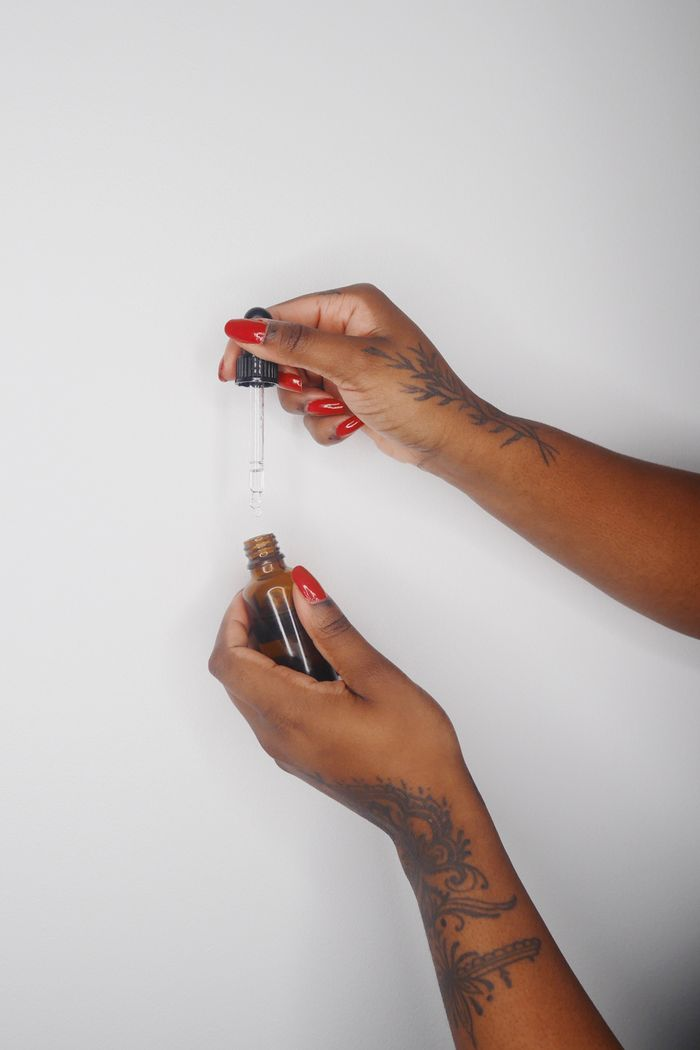 Mindful Skincare: Hands and face oil