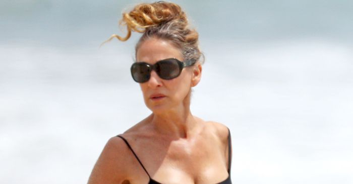 Sarah Jessica Parker Wore the Swimwear Basic Everyone Should Own