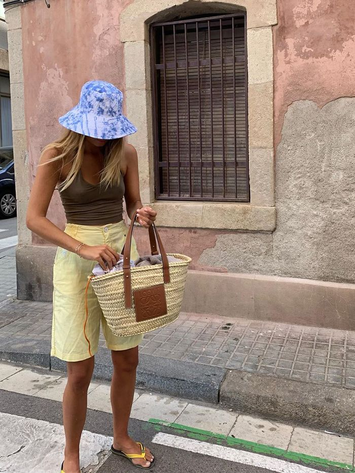Holiday Outfit Ideas: Bucket Hat and Basket Bag
