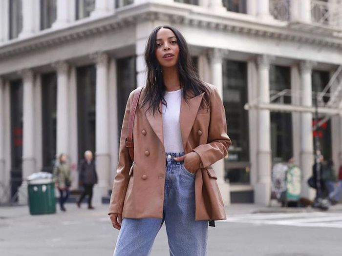 9 Low-Key Outfits NYC Girls Will Be Wearing Come Fall
