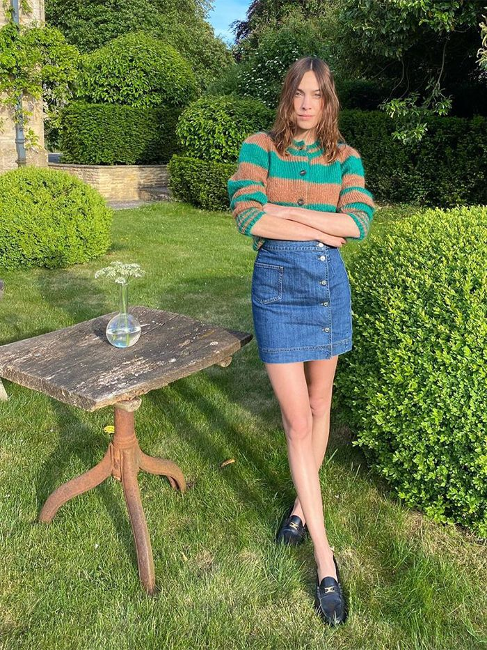 How To Wear Knitwear in Summer: Alexa Chung