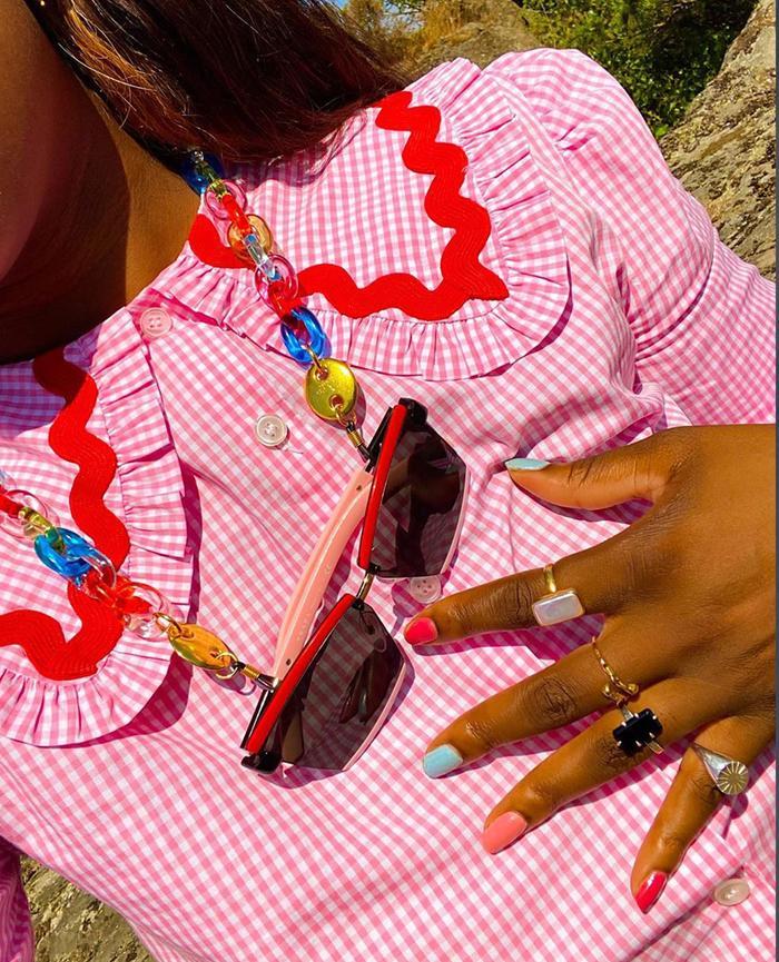 Rainbow Nails: