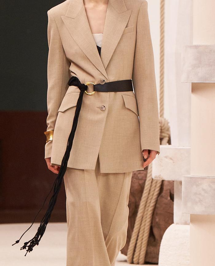 Belted jacket trend: Nanushka