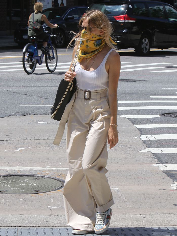 Sienna Miller Just Wore A Pair Of £20 Mango Trousers—And They're Still In Stock