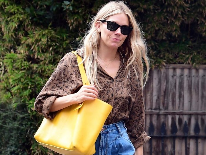 Sienna Miller Just Wore This Anti-Skinny Jeans Trend