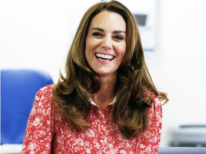 Kate Middleton's Missoma earrings and red floral dress - face mask