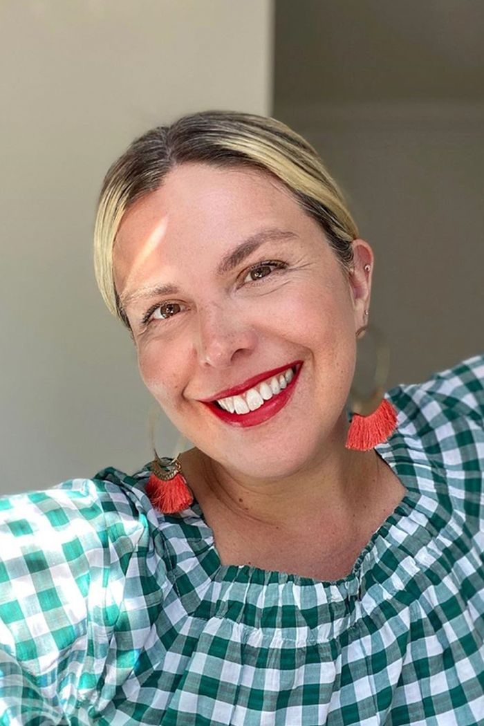 Estee Lauder Double Wear: Erica Davies