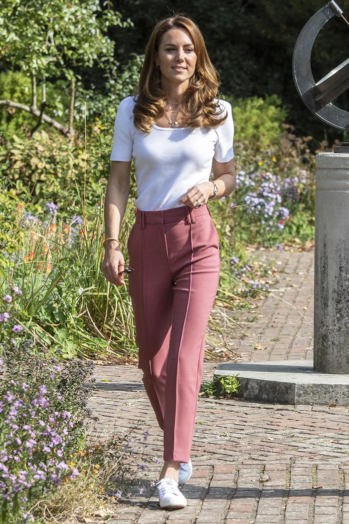 Kate Middleton pink pants
