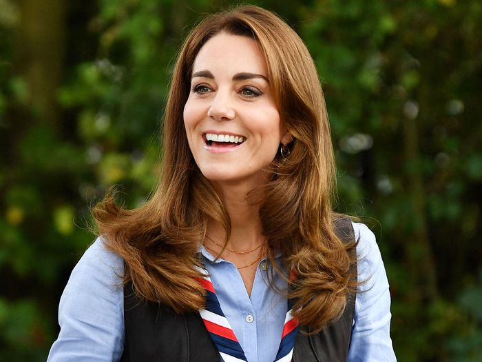 Kate Middleton wore jeans and boots to meet with Cub Scouts