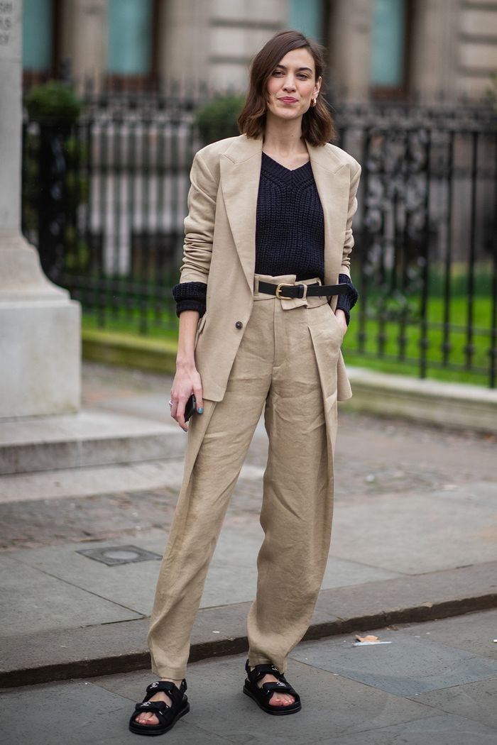 Best Alexa Chung street style outfits