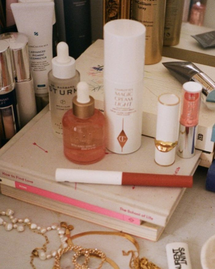 Most Popular Beauty Products: @emmahoareau