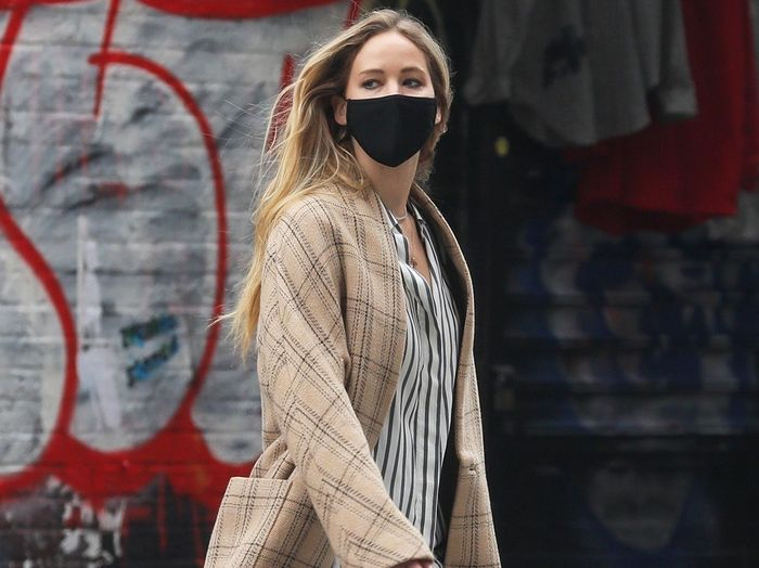 Jennifer Lawrence Wore the Perfect Autumn Outfit for the New Era