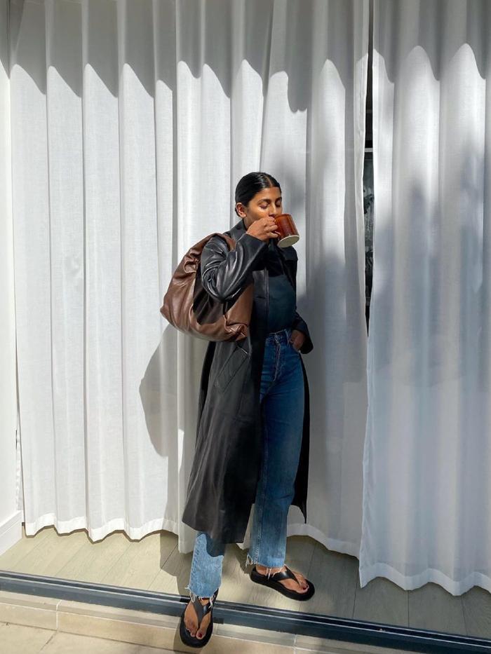 jeans trends 2021: monikh dale wearing straight-leg loose jeans