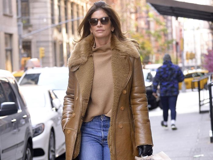 A Celeb Stylist Told Me the Jeans Brands Celebrities Buy for Themselves