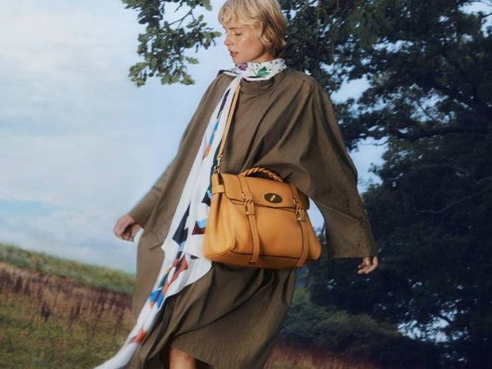 Mulberry Is Relaunching One of Its Most Iconic It Bags, and We're Here For It