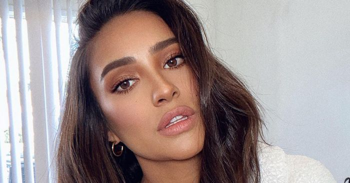 The Most Elite Celeb Beauty Experts Just Approved These 16 Items for Your Vanity